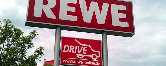 Bundesweit in 13 Märkten bietet Rewe Lebensmittel zur Abholung an