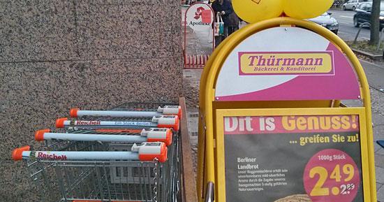 """""""Dit is Genuss!"""", warb Thürmann kürzlich noch vor einigen Berliner Edeka-Läden (obwohl's ja """"Jenuss"""" heißen müsste)"""