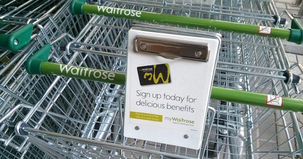 Sogar an Einkaufswagen wirbt myWaitrose um neue Mitglieder