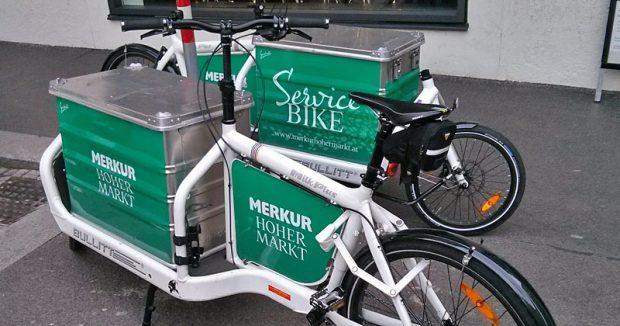 """Mit dem """"Service Bike"""" bringt Merkur die Einkäufe nachhause"""
