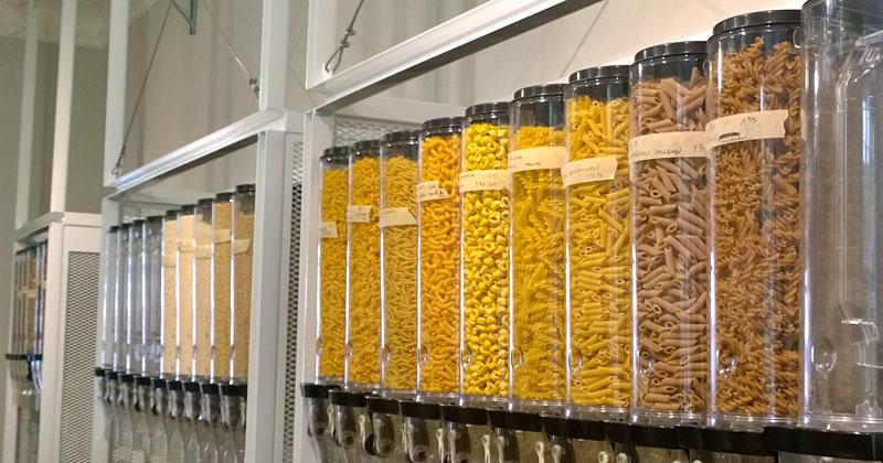 Bei Läden wie Original unverpackt in Berlin lassen sich Lebensmittel ohne Verpackung kaufen