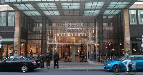 """""""The Q"""" in der Friedrichstraße: Außen Glamour, innen """"Oh Angie"""", Rewes neues Gastrokonzept"""
