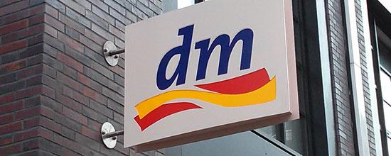 Jede Sekunde eröffnet in Deutschland eine neue dm-Filiale - da, schon wieder eine!
