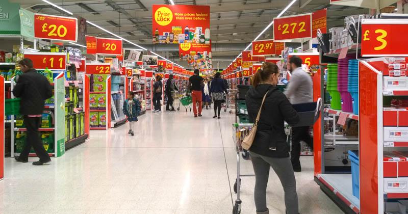 Günstig, aber nicht schön: Asda-Hypermarkt in London