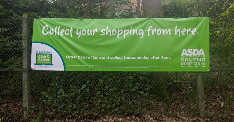"""""""Collect your shopping from here"""": Asda wirbt für Click & Collect"""