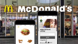 Burger per App: McDonald's testet die Abschaffung der Kassenschlange (und was das mit dem deutschen Handel zu tun hat)