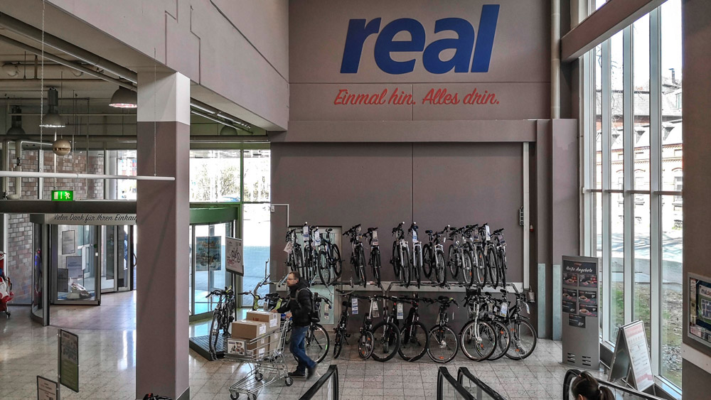 Mini Kühlschrank Bei Real : Reals mogel modernisierung in dinslaken dasselbe in grau