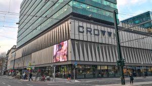 Kein Platz für Bescheidenheiten: Zurheides Vorzeigesupermarkt im Düsseldorfer Crown
