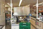 Einlass-Beschränkung, Kassenschutz, Grundbedarf-Boxen: Wie Corona den Einkauf im Supermarkt verändert